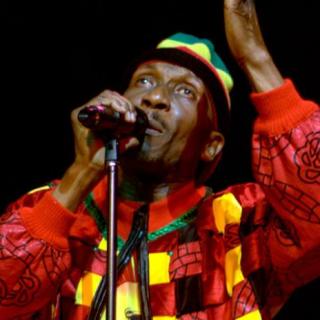 A estrela Jamaicana Jimmy Cliff se prepara para lançar seu novo álbum.