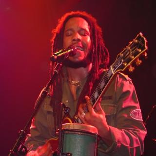 "Stephen Marley adia a turnê ""Babylon By Bus"""